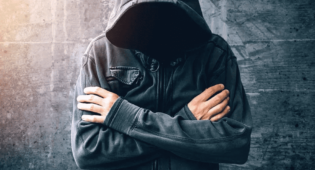 Erteleme Süresinde Uyuşturucu Madde Kullanan Kişi Hakkında Yeni Bir Soruşturma/Dava Açılabilir Mi?